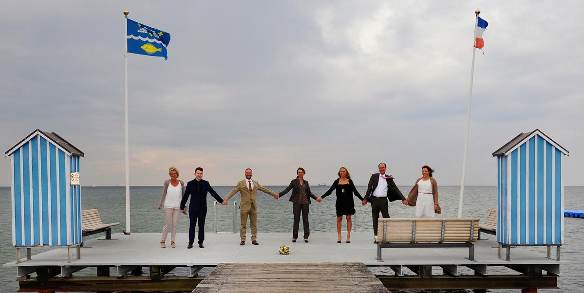 Gruppenportrait, Hochzeitsfoto, Stein